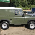 land rover defender 4x4 diesel side view