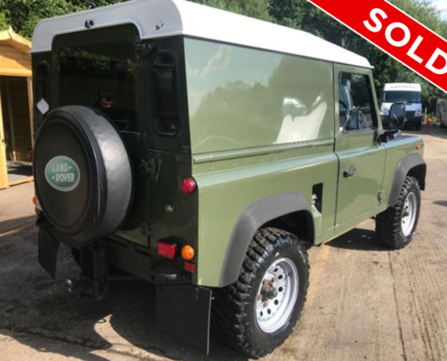 Land Rover Defender 90 4 x 4 - SOLD